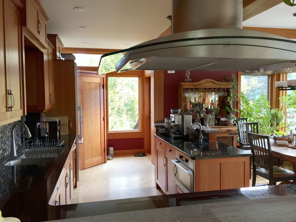 Photo of a Kitchen That is Renovated With Feng Shui Design